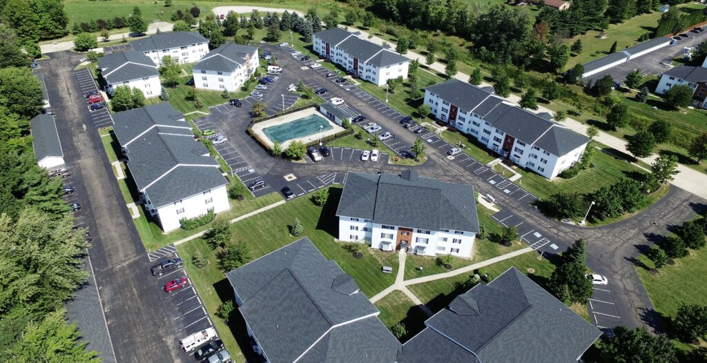 Cross Creek Apartments Medina Ohio Gridiron Guys